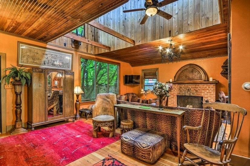 image 8 furnished 4 bedroom House for rent in Portland Southeast, Portland Area