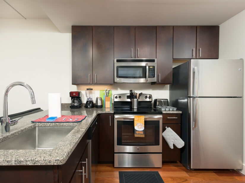 image 4 furnished 2 bedroom Apartment for rent in Rittenhouse Square, Center City