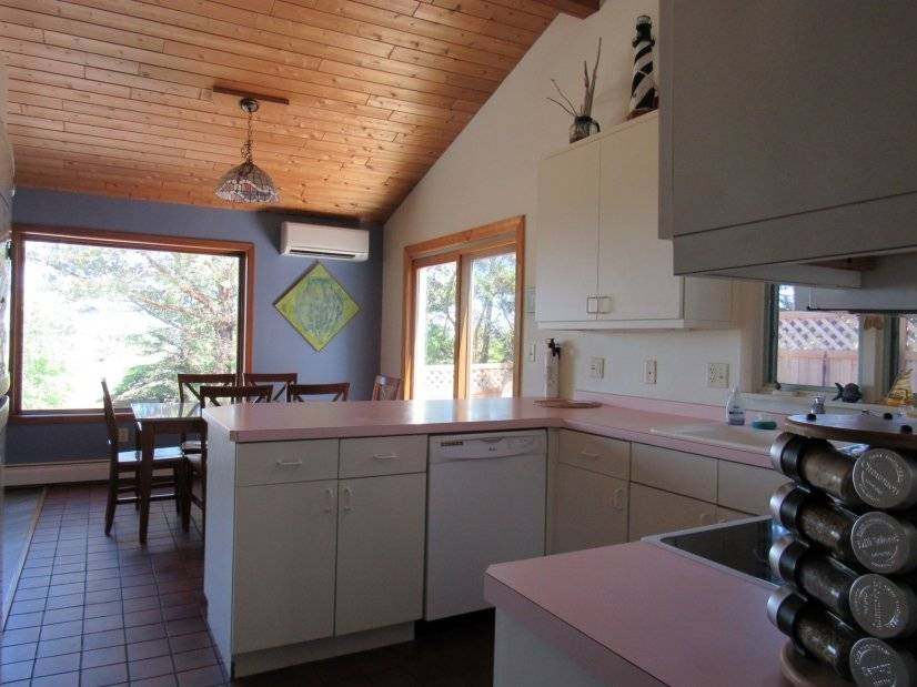 image 3 furnished 4 bedroom House for rent in St. Louis (Duluth), Northeast MN
