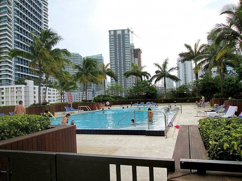 image 4 furnished 2 bedroom Apartment for rent in Coral Gables, Miami Area