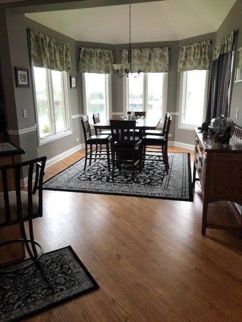 image 8 furnished 5 bedroom House for rent in McHenry, McHenry County
