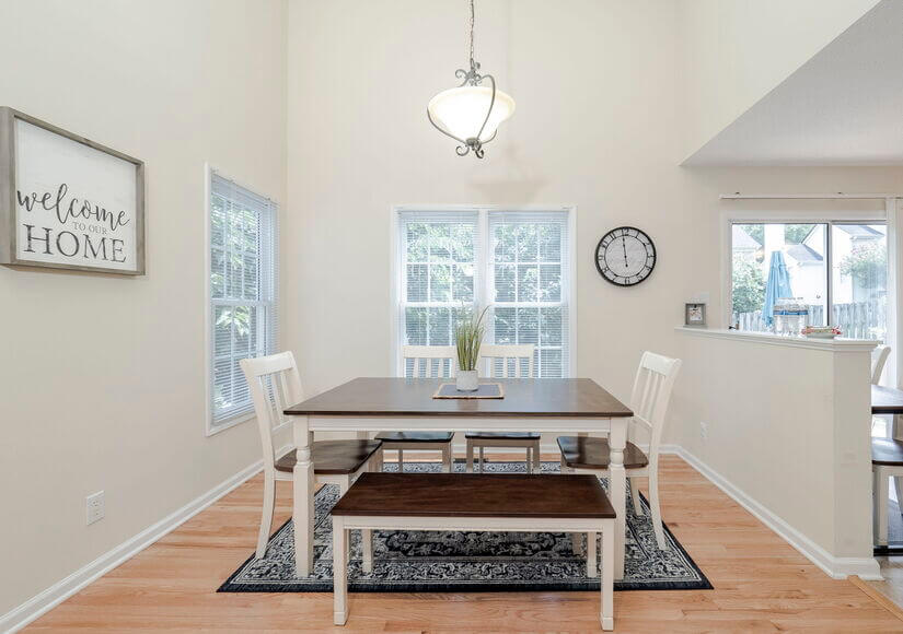 Dinning Room with Seating for 6
