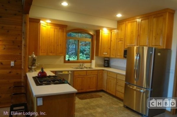 image 4 furnished 3 bedroom House for rent in Mt. Baker, Cascade Mountains