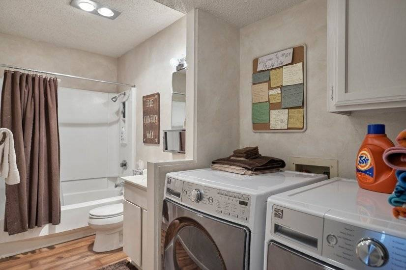 Downstairs bathroom, new washer and dryer