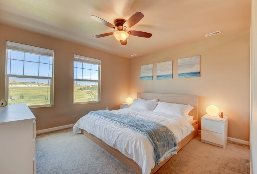 The Beach Room: Master with king bed and ensuite bath.