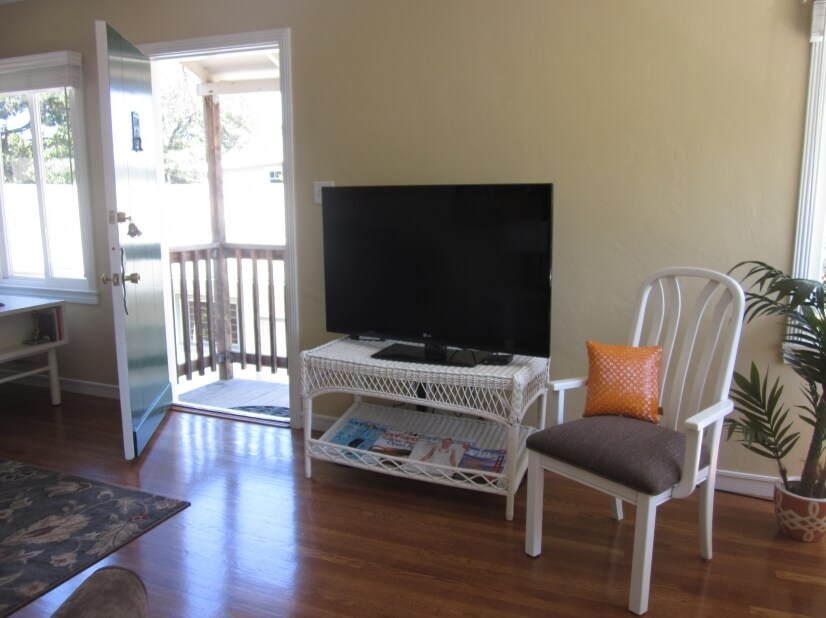 image 4 furnished 1 bedroom Apartment for rent in Burlingame, San Mateo (Peninsula)