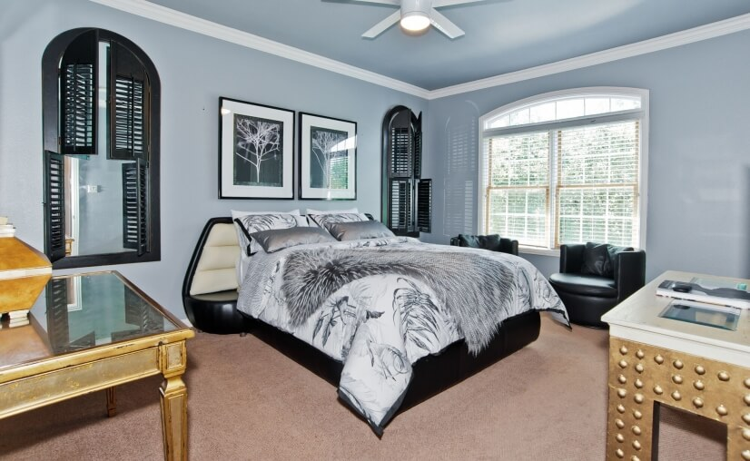 2nd Bedroom With Waterfountain Pond Views. Walk-in Closet