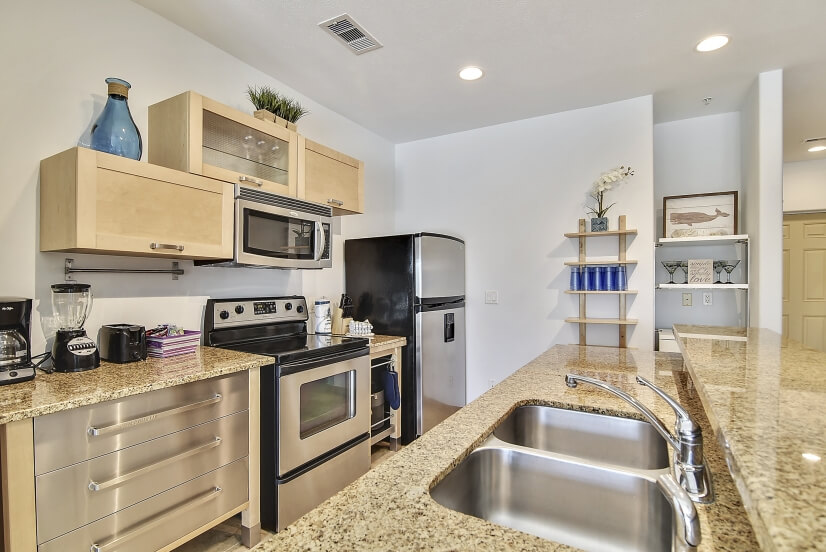 Kitchen with Stainless Appliances & Granite C