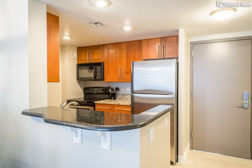 Maple Cabinets and Stainless Appliances