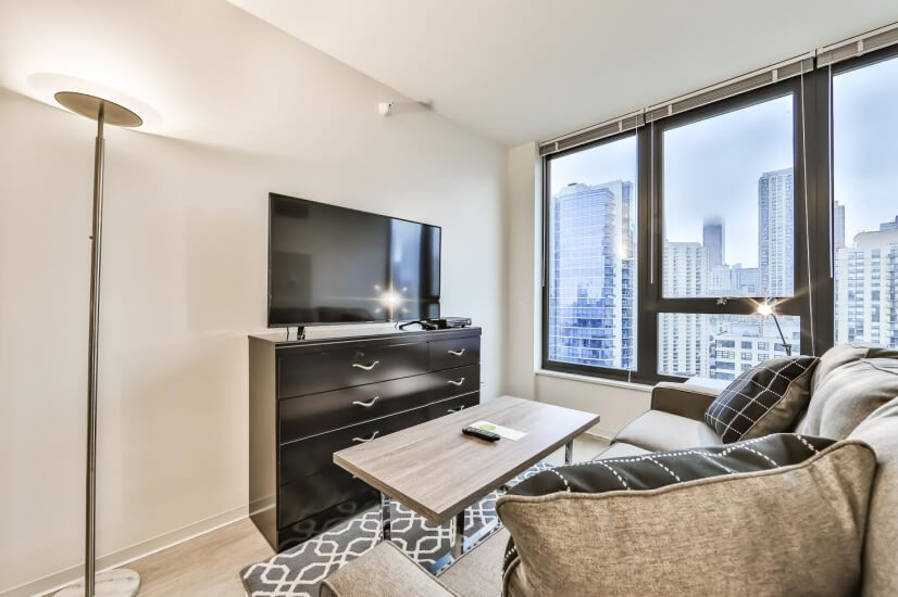 image 2 furnished Studio bedroom Apartment for rent in Near North, Downtown