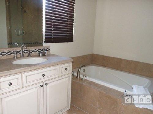 image 7 furnished 3 bedroom Townhouse for rent in Belcaro, Denver East