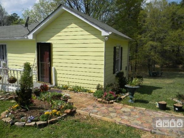 image 8 furnished 4 bedroom House for rent in College Park, Fulton County