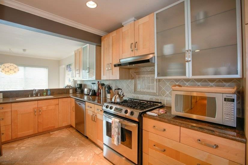 image 3 furnished 2 bedroom Townhouse for rent in Santa Monica, West Los Angeles