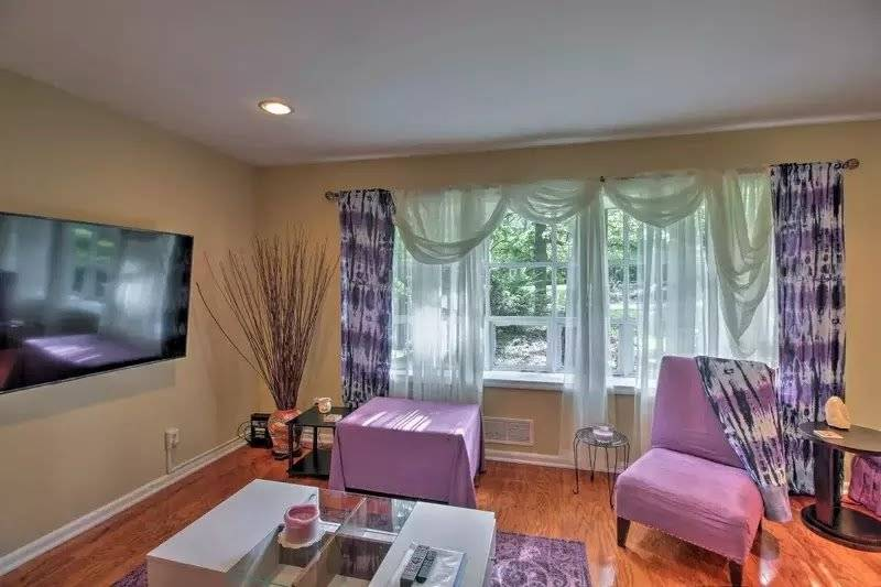 image 4 furnished 3 bedroom Apartment for rent in Little Five Points, Fulton County