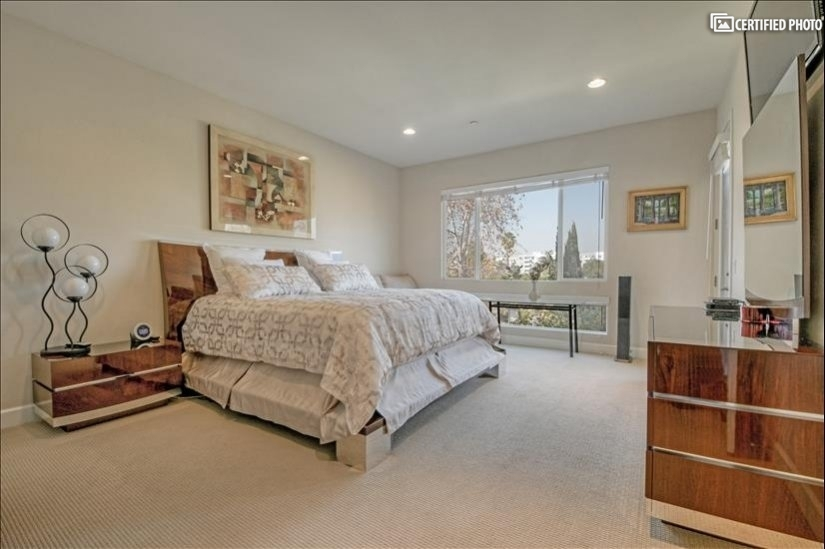 image 13 furnished 3 bedroom Townhouse for rent in North Hollywood, San Fernando Valley