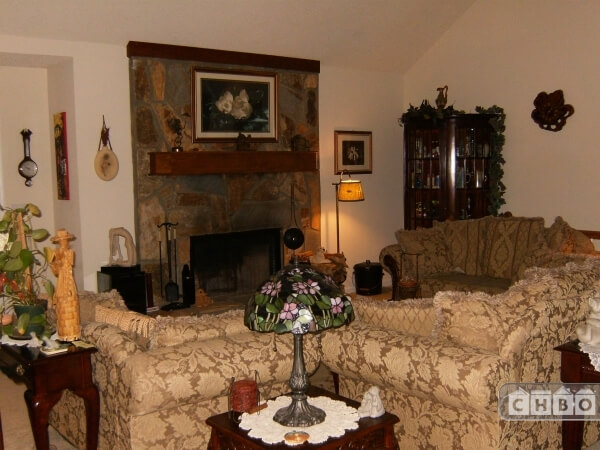 image 5 furnished 3 bedroom House for rent in Hall County, Northeast Mountains
