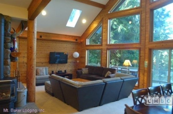 image 3 furnished 3 bedroom House for rent in Mt. Baker, Cascade Mountains