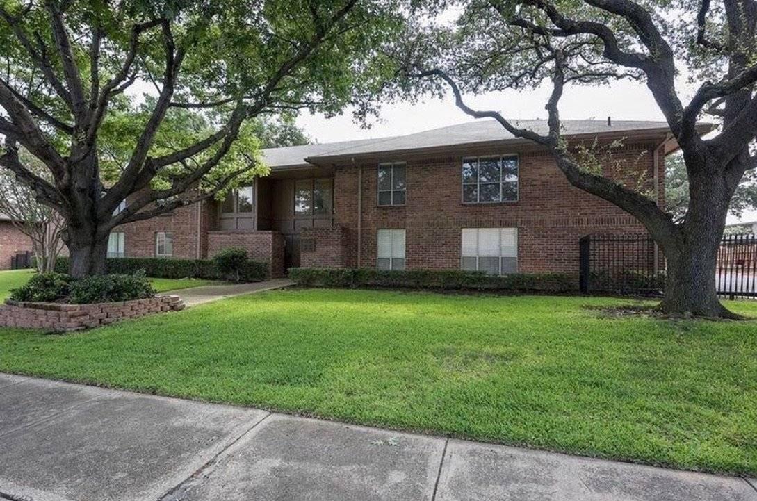 image 20 furnished 1 bedroom Townhouse for rent in Melshire Estates, Dallas