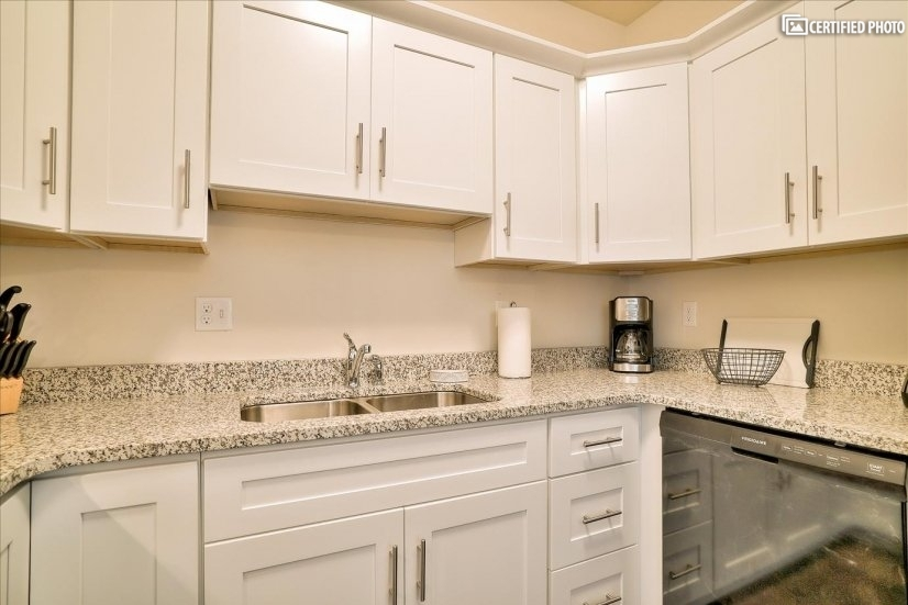 All granite countertops. Including fully equipped kitchen.