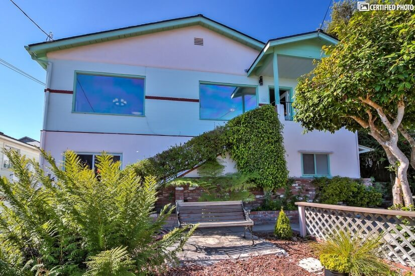 image 2 furnished 4 bedroom House for rent in Monterey, Monterey Bay