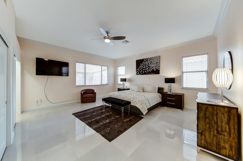image 5 furnished 4 bedroom House for rent in Paradise, Las Vegas Area