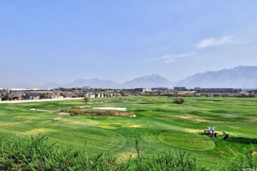 Arieal of golf course & Riverwalk community
