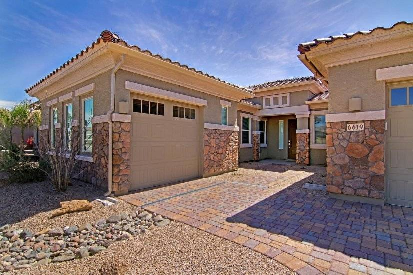 image 4 furnished 4 bedroom House for rent in Phoenix North, Phoenix Area