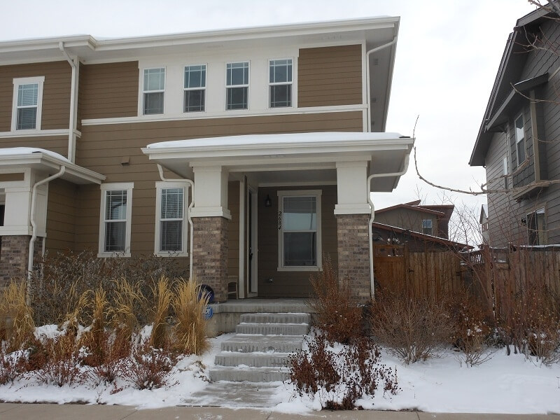 image 2 furnished 4 bedroom Townhouse for rent in Commerce City, Adams County