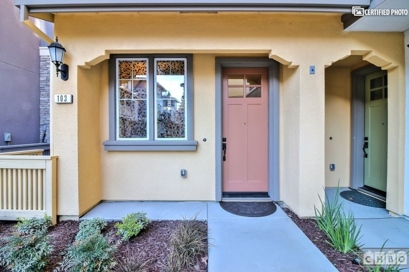 image 3 furnished 3 bedroom Townhouse for rent in Sunnyvale, Santa Clara County