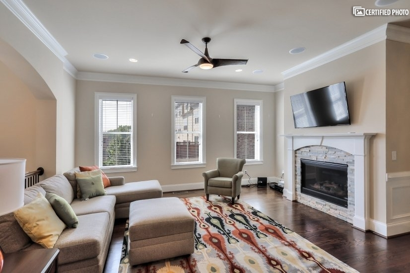 image 4 furnished 4 bedroom Townhouse for rent in Vinings, Cobb County