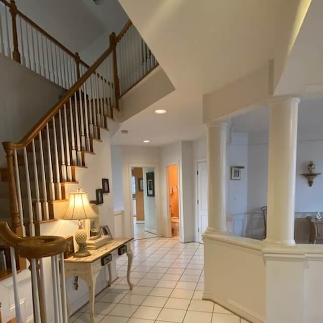 Upper Foyer