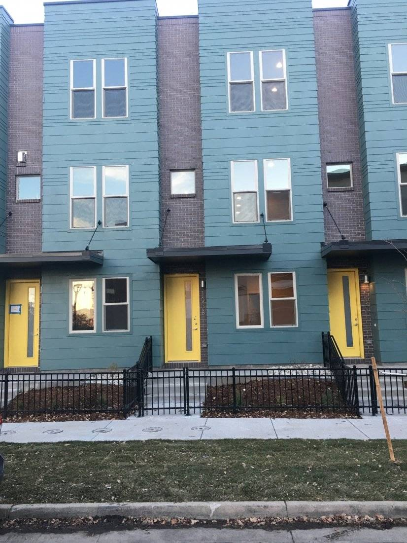 image 2 unfurnished 3 bedroom Townhouse for rent in Capitol Hill, Denver Central
