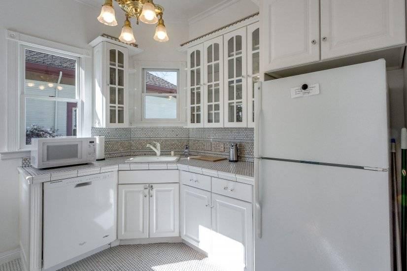Updated Victorian Style Kitchen