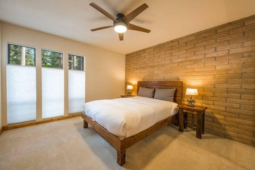 Downstairs bedroom (1st floor of loft)