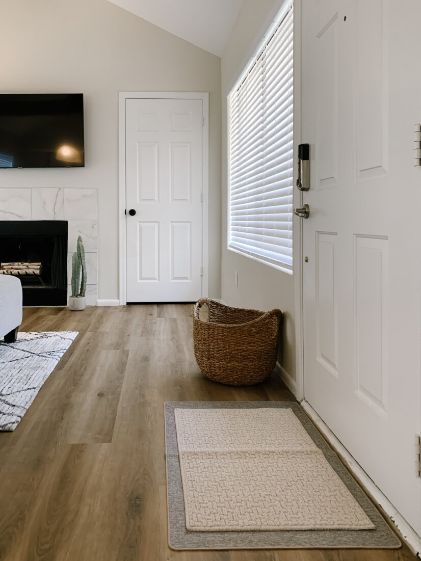 Entry Way with Smart Lock and Basket for Shoe