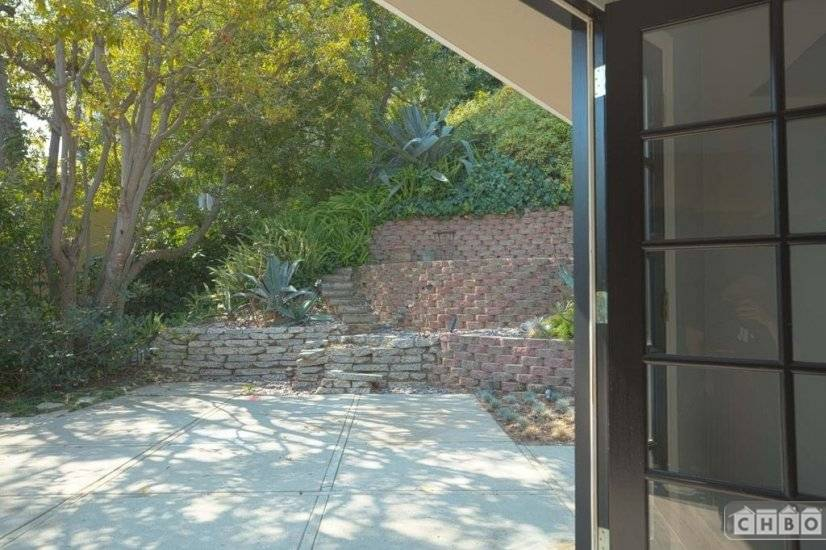 image 10 furnished 3 bedroom House for rent in Beverly Hills, West Los Angeles