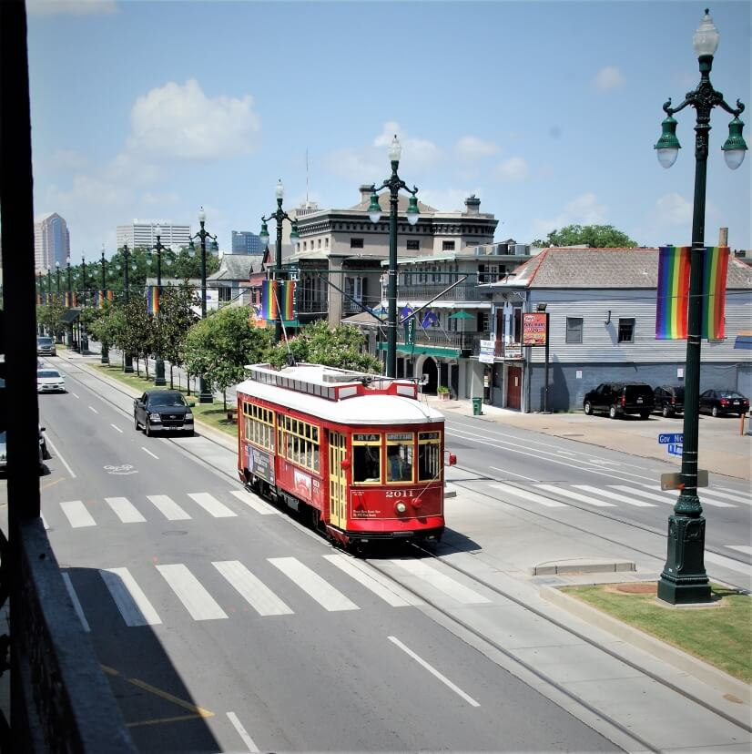 Rampart Streetcar heading to the Marigny & Bywater