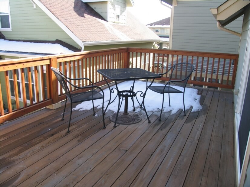 Huge Private Deck,  Additional patio furniture included!