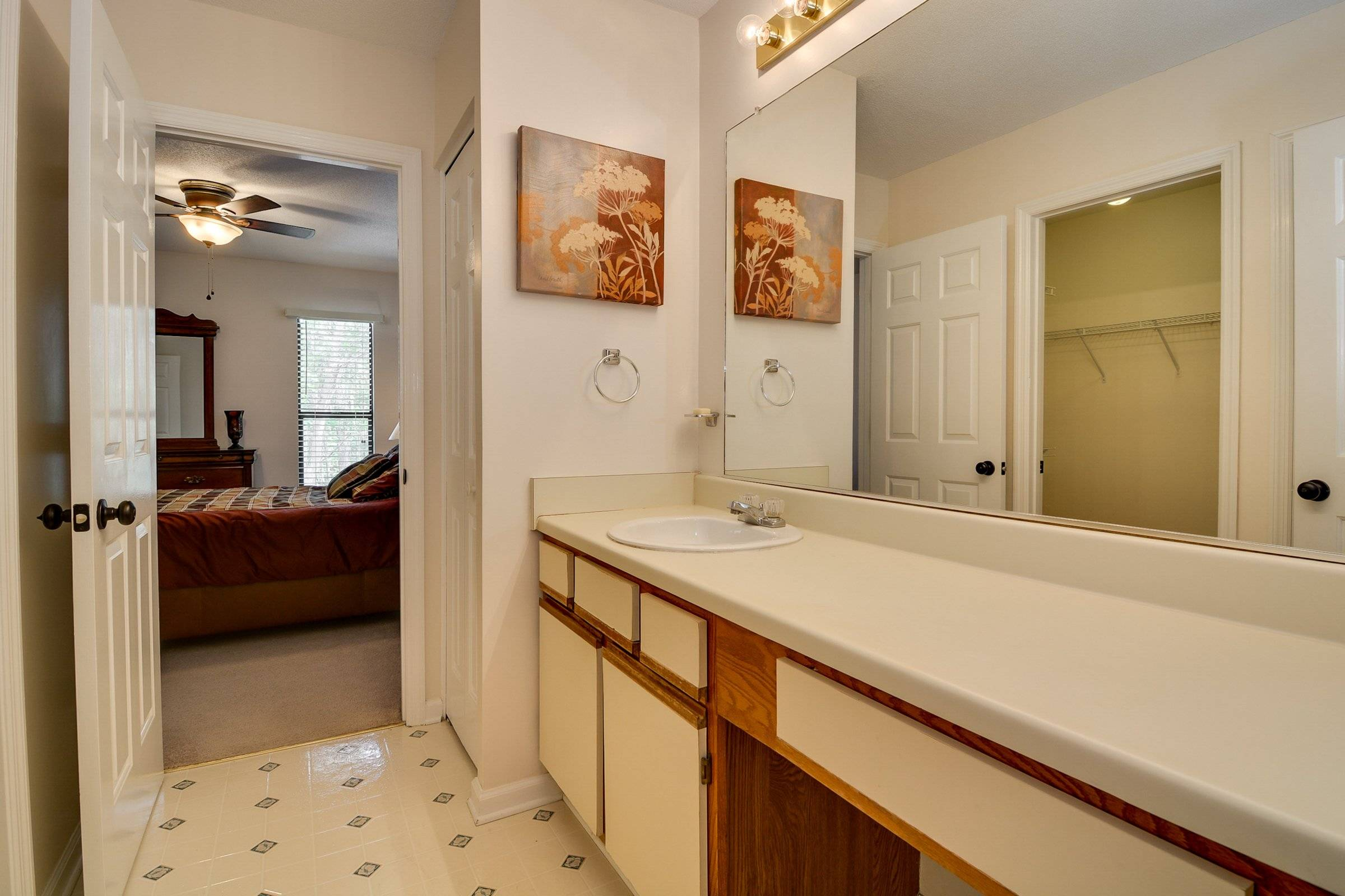 image 10 furnished 1 bedroom Townhouse for rent in Richmond (Augusta), Classic South