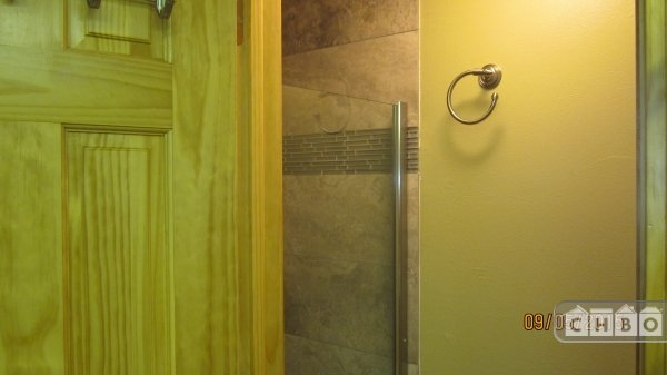 MASTER BR ENSUITE SEPARATE SHOWER W/ DUAL SHOWER HEADS