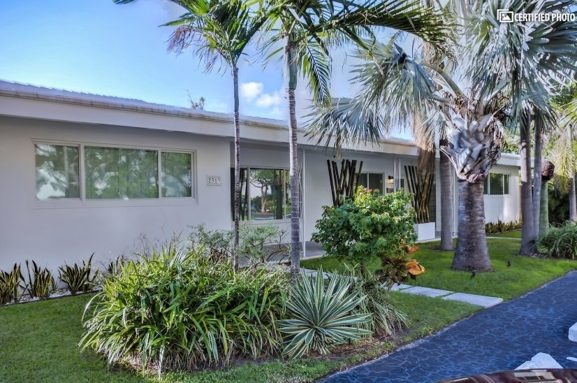 image 20 furnished 2 bedroom Townhouse for rent in Fort Lauderdale, Ft Lauderdale Area