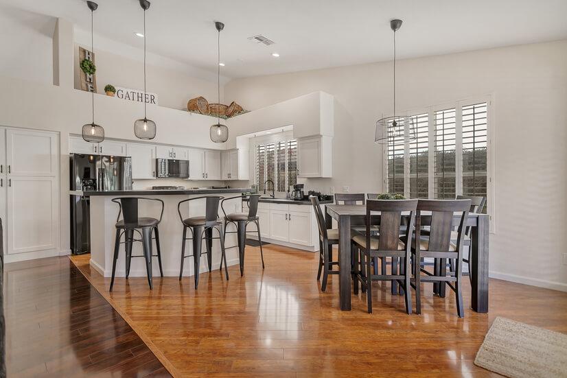 Open floorplan, Bar, Vaulted Ceilings