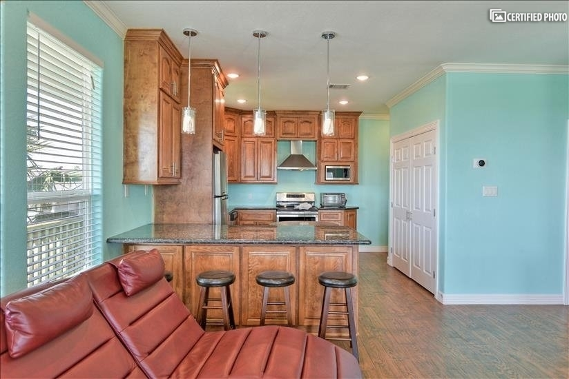 image 5 furnished 4 bedroom House for rent in Lake Jackson, Gulf Coast