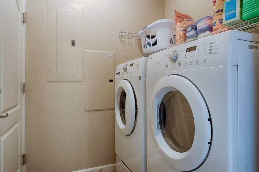 Fully Equipped Home, Including Linens, Utilities, etc