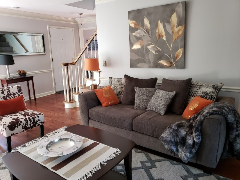 Colorful living room with full size pull out