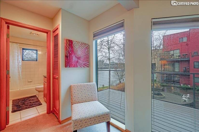 image 3 furnished 2 bedroom Townhouse for rent in Portland Downtown, Portland Area