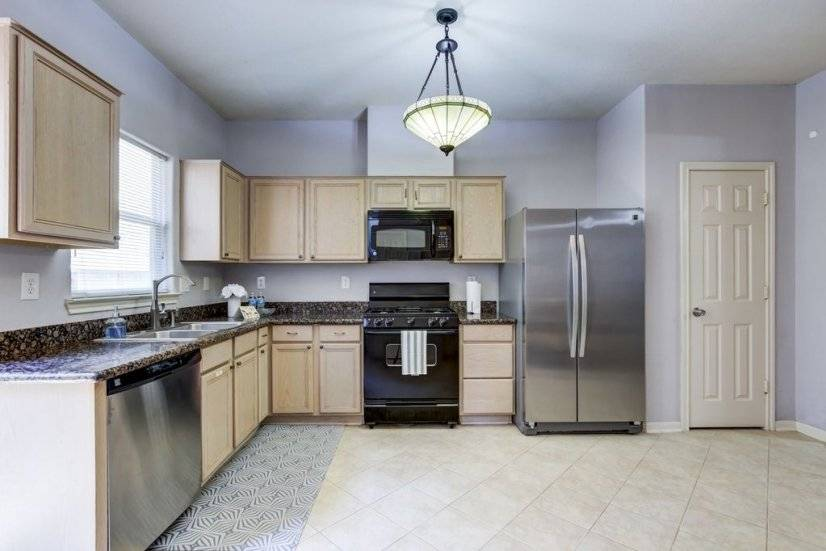 Kitchen has all the basics with Stainless Steel appliances