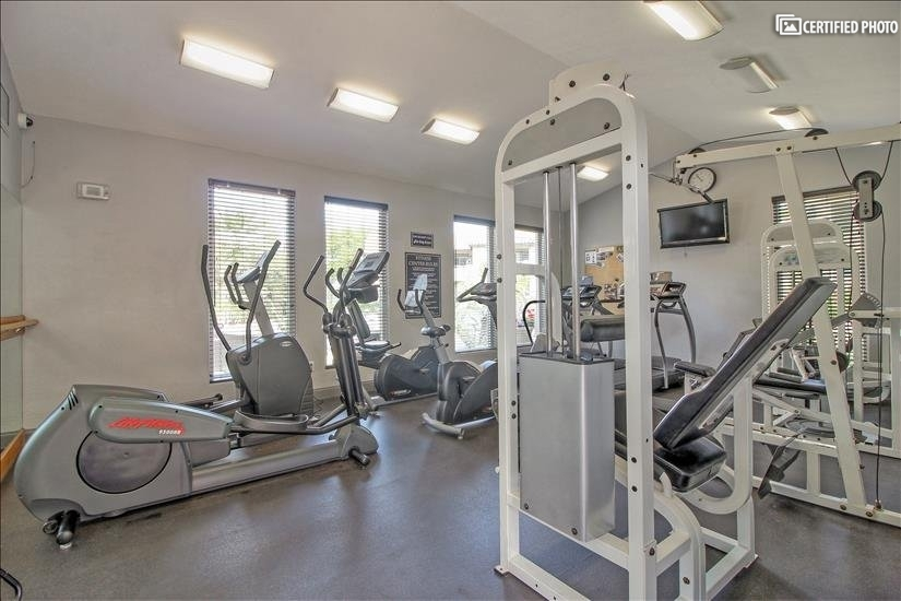 Fitness room open 24 hours