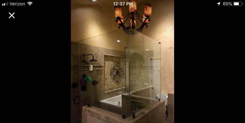 Master Bath w/ Tub