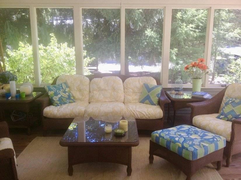 Comfortable screened porch